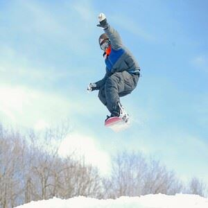 Snowboarding at Montage Mountian